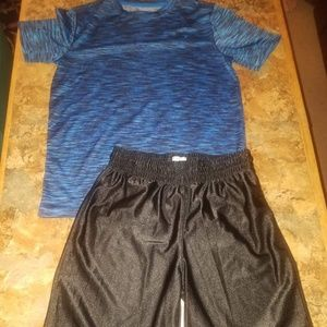 Old navy athletic shorts outfit mix